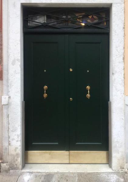 Porta rinforzata, inox e legno, esterno